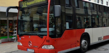 syria_europe_refugee_2015_busdriver_germany